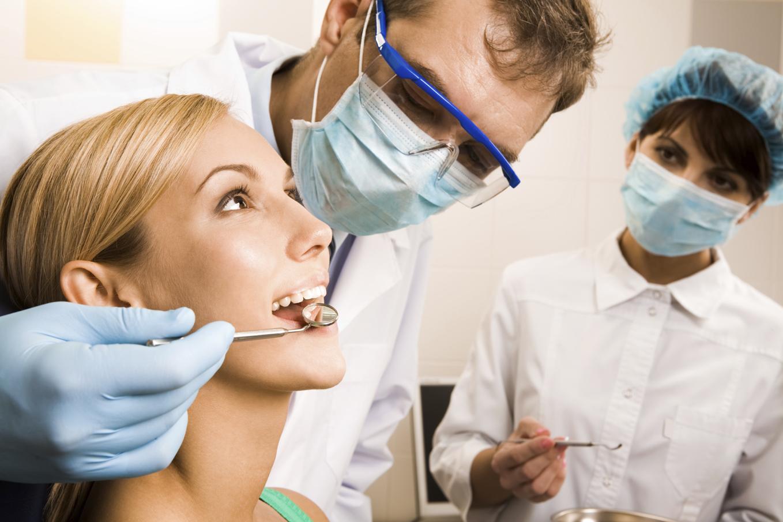 Чистка зубов может защитить от ревматоидного артрита